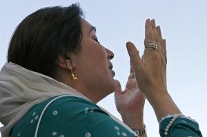 benazir_bhutto_09