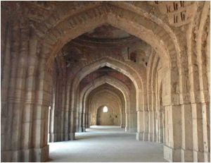 Jamali-Kamali Masjid Delhi